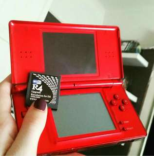DS Lite + 12 Games