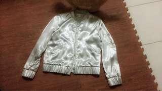 H&M 銀色緞面 飛行外套
