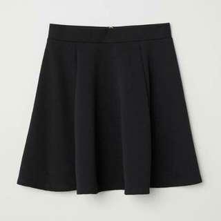 H&M Divided Black/Ribbed Skirt