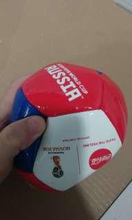 2018 Russia 世界杯Coca cola 紀念足球