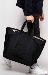 Herschel, Bamfield Mid Tote - Black Black bag