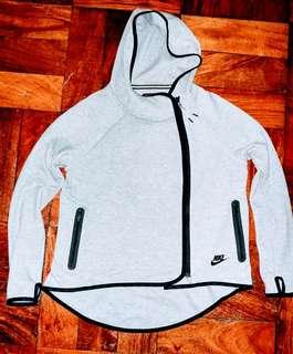 nike tech fleece full zip cape jacket