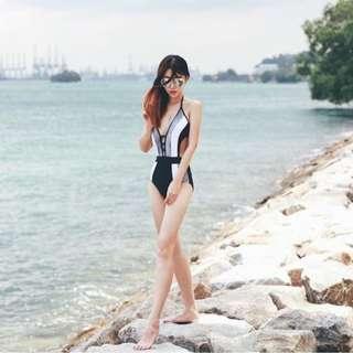 Danielle - Monochrome Trikini Monokini