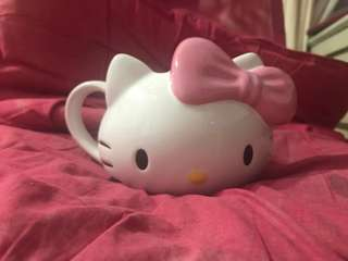 Hello Kitty Cup X Universal Studio Singapore
