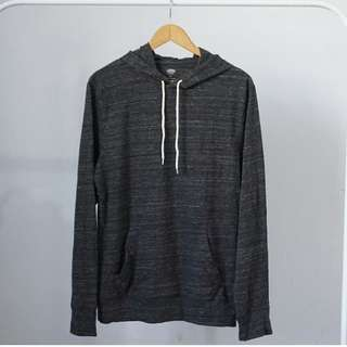 Old navy dark grey leightweight hoodie 16
