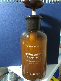 Innisfree refreshing shampoo for oily scalp