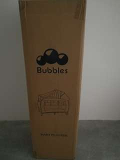Bubbles play pen