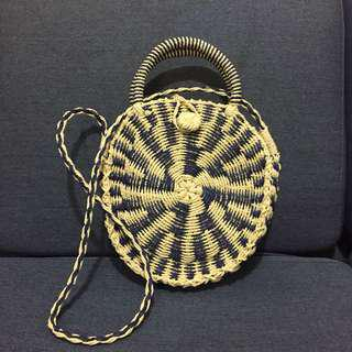 Native straw Roundbag