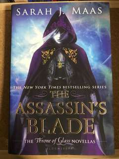 SIGNED instock The Assassin's Blade by Sarah J. Maas