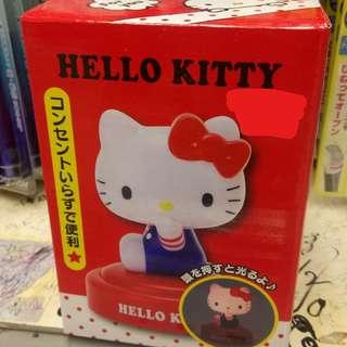 【全新*有多件】正版 Sanrio Hello Kitty Table Light Lamp 公仔拍拍燈 座檯 書枱 床頭 小朋友