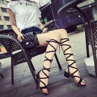 #預購 #女鞋 新款繫帶交叉羅馬粗跟沙灘涼鞋 390元 尺碼👉35~39 顏色👉黑/駝