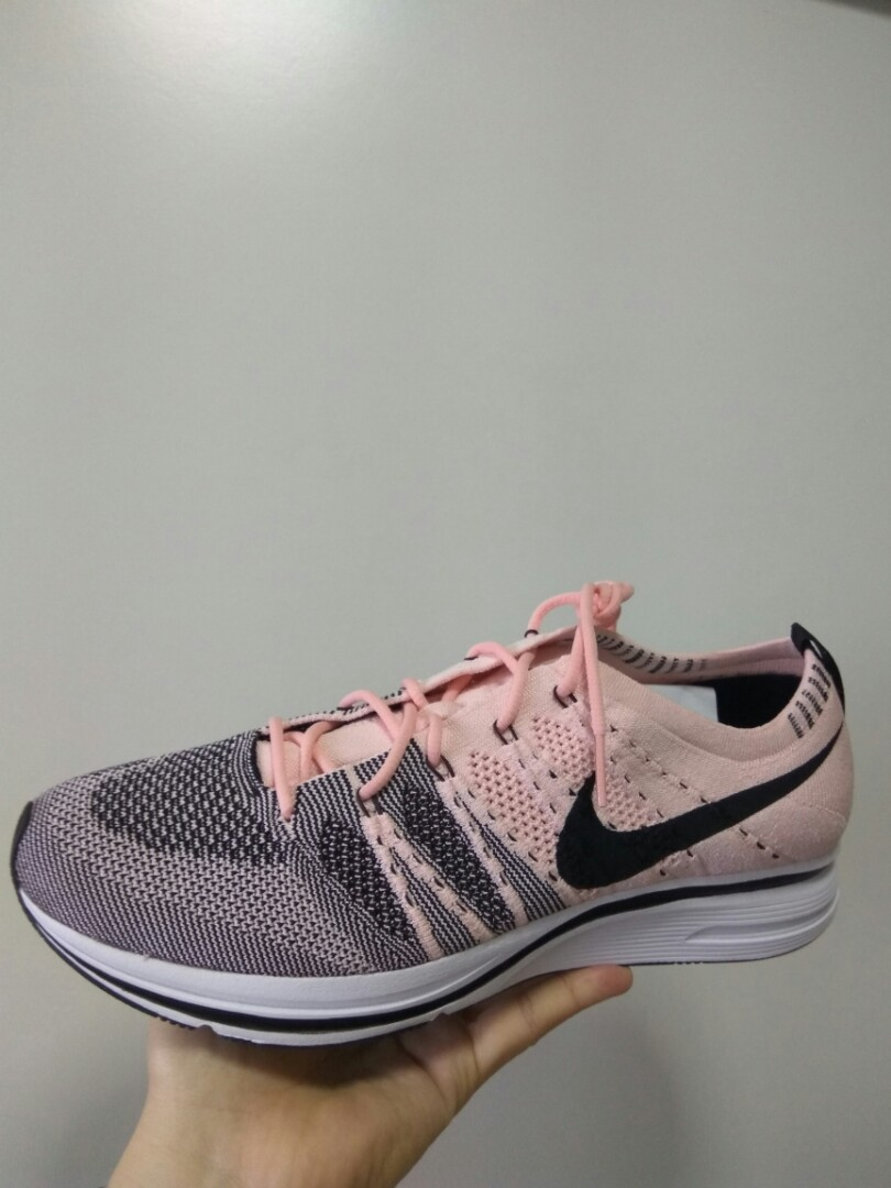 8ab6e57bf0b74 Authentic  Nike Flyknit Trainer Sunset Tint   Black   White
