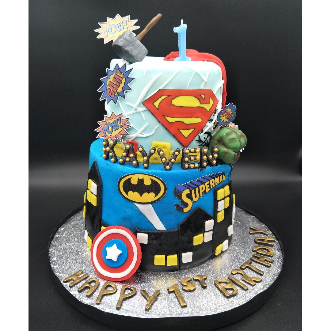 Customized Fondant Cake Superhero Superman Batman Hulk Captain