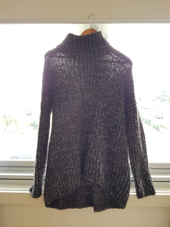 Knit jumper size L