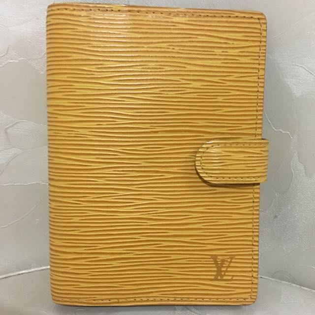 edaf479f1769b Louis Vuitton small ring agenda cover in epi leather