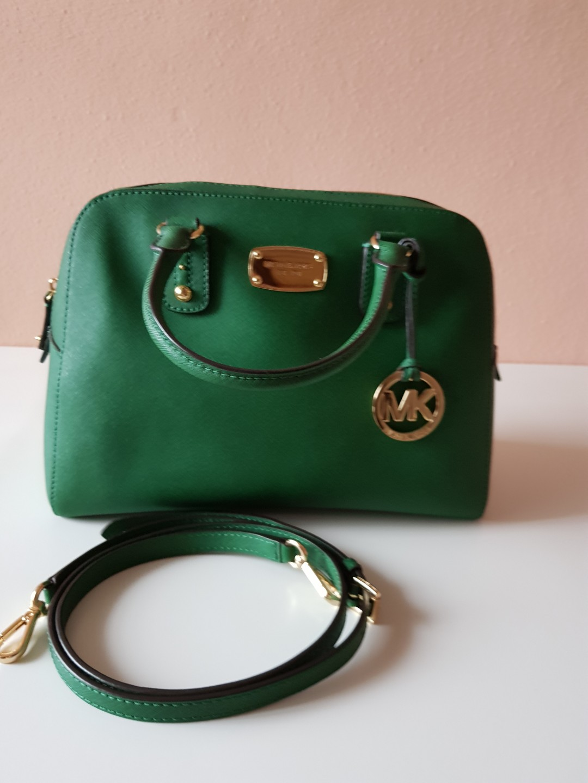 c89c2bebc777 Michael Kors Bag, Women's Fashion, Bags & Wallets, Handbags on Carousell