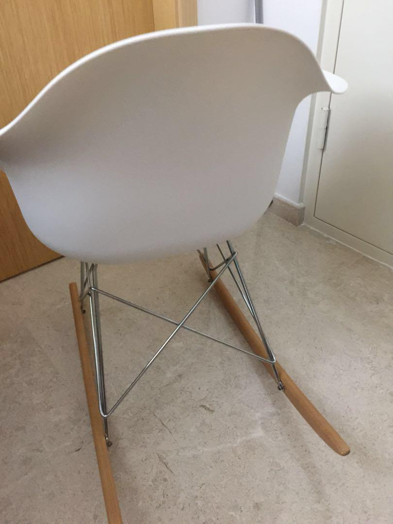 Rocking chair (still new, seldom use)