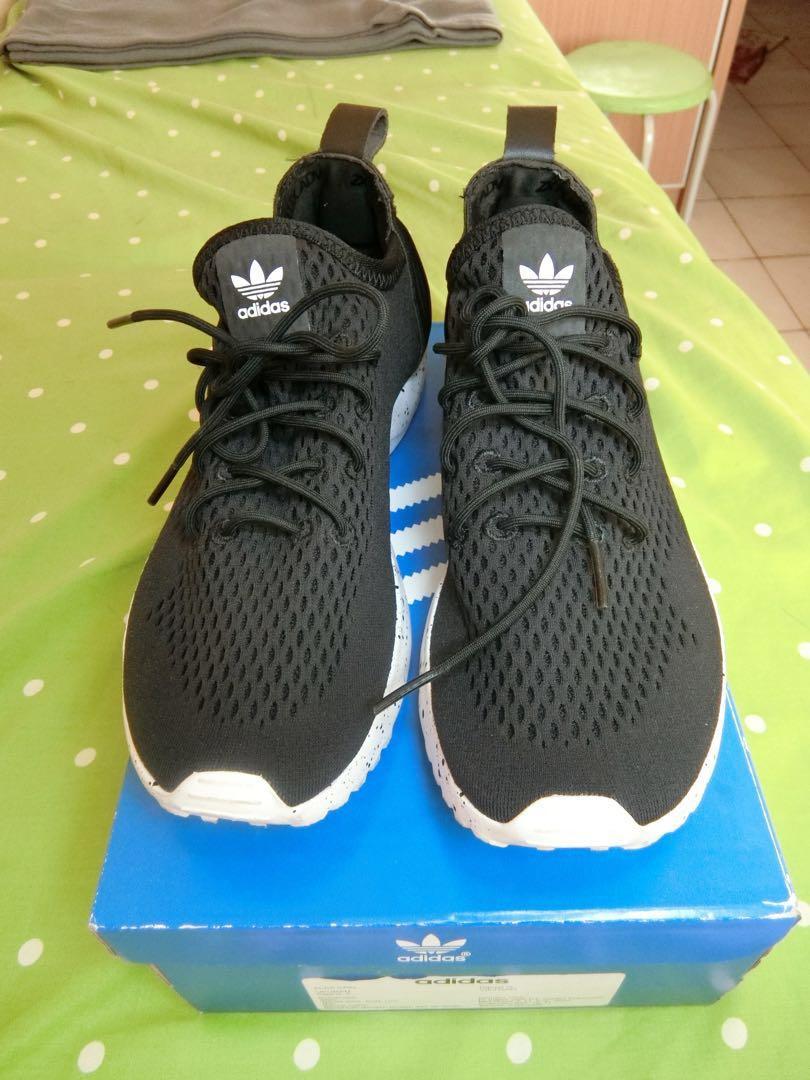 Sepatu adidas original e329290679