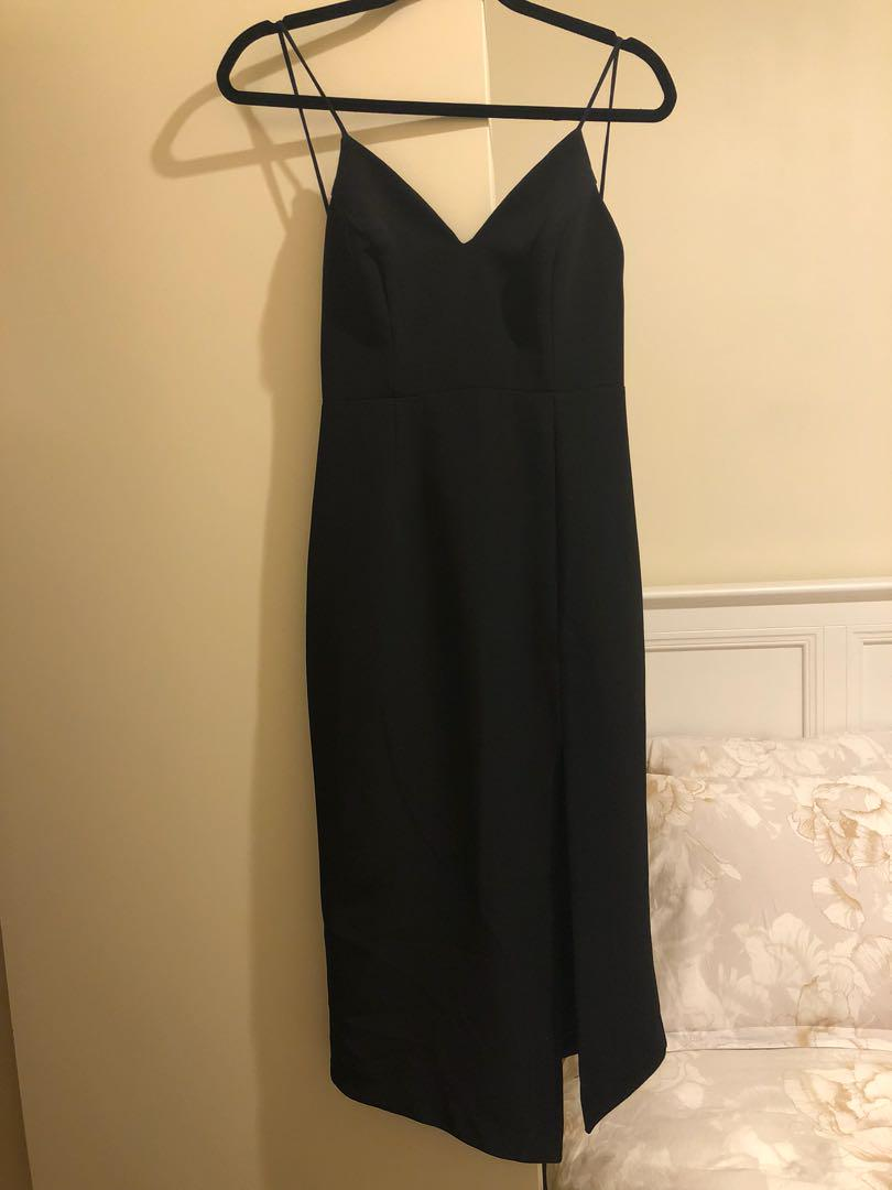 Shona Joy sexy black dress, sz8au, mid length, bought 280aud at David Jones. Used only once for photos.
