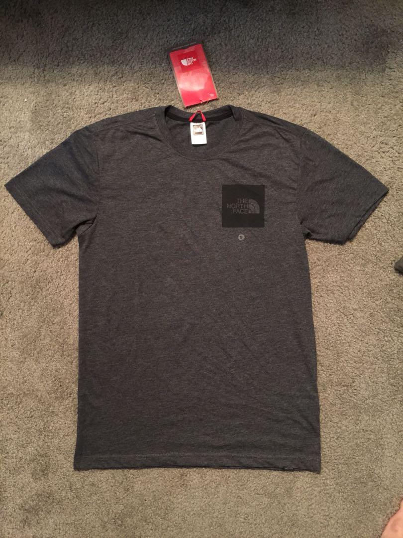 8d4a1b21835f2 The North Face Fine Box Logo T-shirt Dark grey S