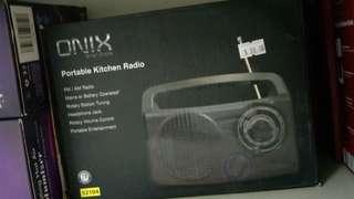 Radio - black