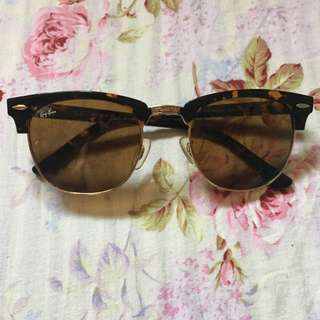 SALE! Authentic Ray Ban clubmaster sunnies!