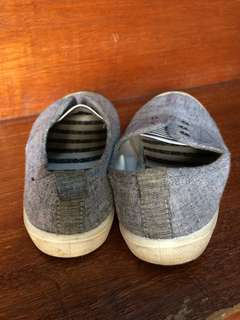 H&M gray shoes for kids