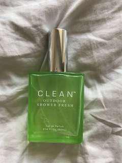Clean perfume