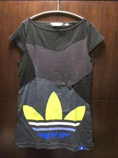 🚚 adidas originals T-shirt/洋裝