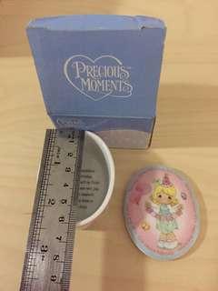 Oval Precious Moments Ring & trinkets box