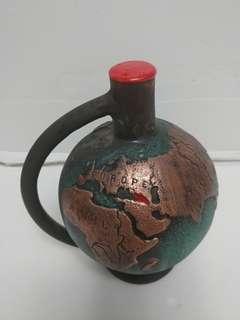 罕有格魯吉亞紫砂陶瓷腊頭紅酒7ooml