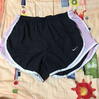 🚚 Nike DRI-FIT運動短褲