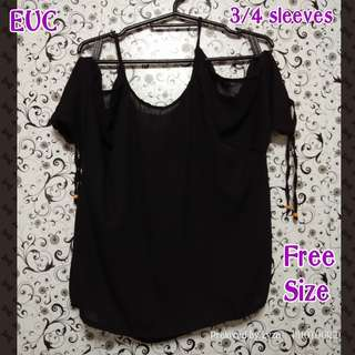 Black cold shoulders blouse