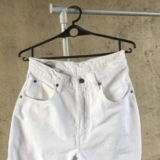 Levis White Mom Jeans