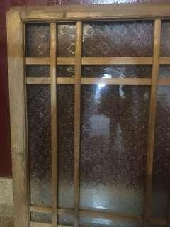 日式海棠花玻璃老木窗