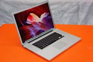 """LOOKING FOR: MacBook Pro 17"""" (Late 2011) Silver Border, Matte Screen"""