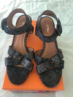 Zensu heeled sandals