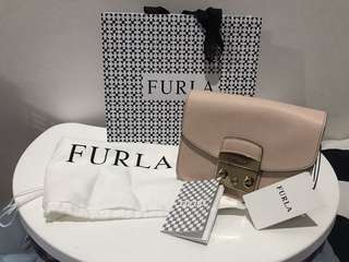 New Ready Stock Furla Mini Metropolis Nude in Smooth Leather Authentic