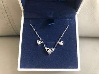 Brilliant Arrow Swarovski Necklace with earrings