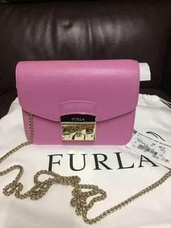 限時優惠:歐洲Furla 大特價:香港🇭🇰現貨:全新Furla Mini Crossboby 專門店款 深粉紫色!made in Italy