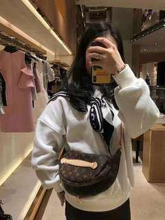 LV 18 new BUMBAG old classic pocket M43644