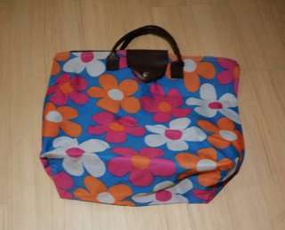 Flowery zip bag