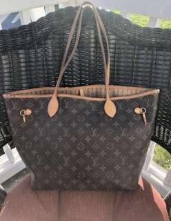 Louis Vuitton bag *NOT AUTHENTIC*