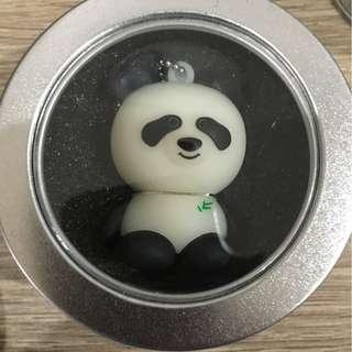 Panda 16GB USB