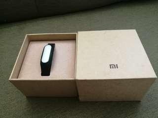 小米手環 1 代 100% working 有盒全套齊跟多一條黃色手帶