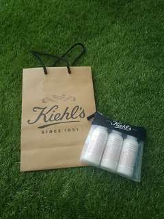 Free mail BN Kiehl's 65ml x 3 deluxe hand & body lotion with aloe Vera & oatmeal grapefruit