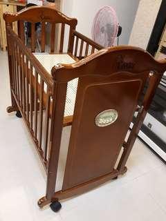 嬰兒床(小床)