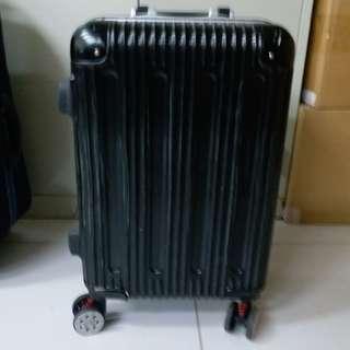 4 Wheels Luggage Size H 21inch W13inch