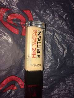 Foundation loreal infalible