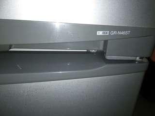 2 dr Refrigerator toshiba plasma grn46st